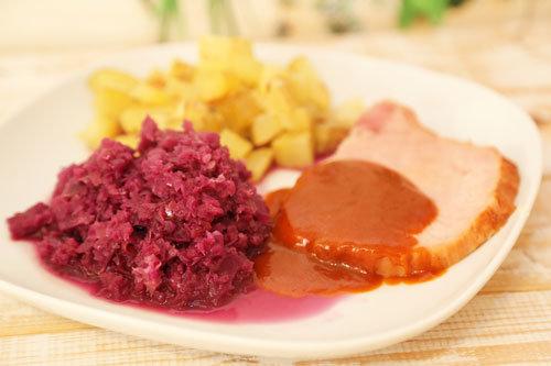 Thermomix Rotkohl mit Kartoffeln und Kasseler