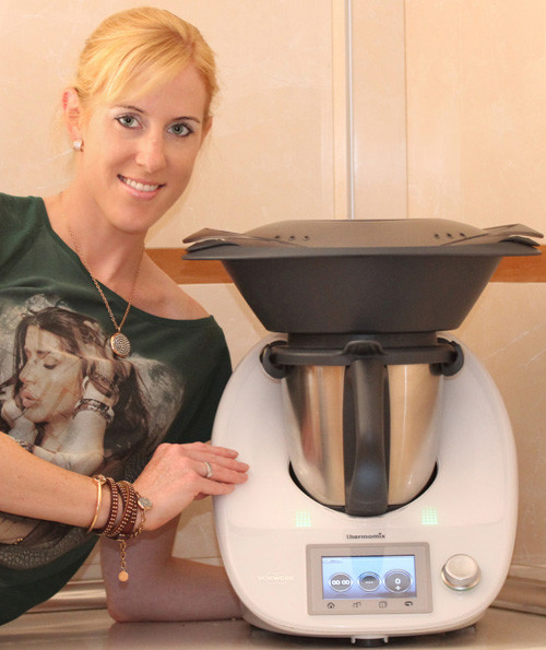 Sandra Backwinkel mit Thermomix